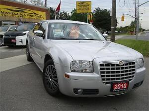 2010 Chrysler 300 Touring,LEATHER,ACCIDENT FREE,LOCAL