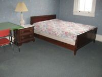 2 FURNISHED ROOMS--STUDENT HOUSE--INTERNATIONAL STUDENTS WELCOME