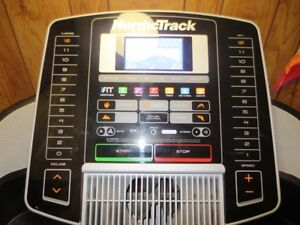 NORDICTRACK TREADMILL C900i 3.0HP MOTOR WITH LIFETIME WARRANTY