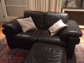 Beautiful chocolate brown 3 seater & 2 seater leather sofa set in excellent condition - Potters Bar.
