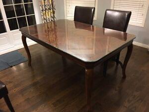Superbe table en bois massif