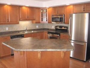 Luxurious 2 Bedroom With DEN in SW Rutherford Available Feb 1st!