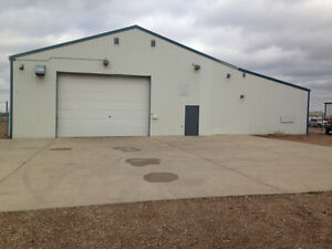 8400 ft2 Shop and Office For Lease