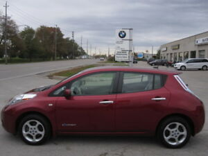 ZERO EMISSION !!! LIKE NEW !!! 2012 NISSAN LEAF SV