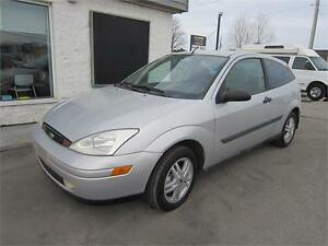2000 Ford Focus ZX3 128000KM FINANCEMENT MAISON comme neuf