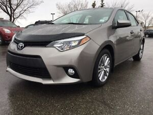 2014 Toyota Corolla LE SEDAN Accident Free,  Heated Seats,  Sunr