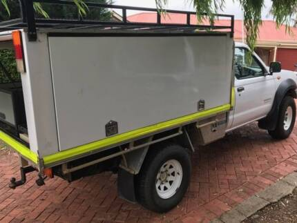 Nissan Navara 4 x 4 Cab Chassis with Canopy