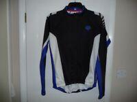 Descente cycling jacket jersey Size Medium