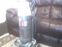 dyson vacuum cleaner £30,00