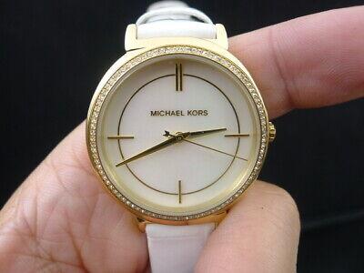 6aaf482b64ec New Old Stock MICHAEL KORS Cinthia MK2662 Mother Of Pearl Dial Quartz Watch