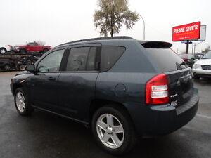 2007 Jeep Compass SPORT 4X4-SUNROOF-HEATED SEATS--REMOTE STARTER Edmonton Edmonton Area image 8