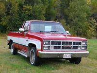 1984 GMC Sierra 1500 Pickup Truck