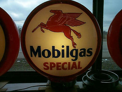 gas pump globe MOBILGAS SPECIAL repro. 2 glass lenses in a plastic body NEW