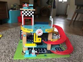 Pitstop Toy Garage (Wooden)