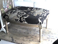 BEAUTIFUL LARGE FOOT STOOL/SEAT/COFFEE TABLE