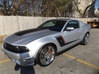 Miniature 1 Voiture American used Ford Mustang 2012