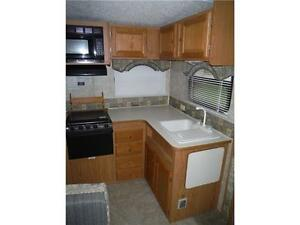 2007 Pilgrim 252RKS Rear kitchen 5th Wheel Trailer with slideout Stratford Kitchener Area image 6