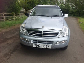 4x4 SSANGYONG REXTON RX270 JEEP - 2.7 DIESEL (MERCEDES ENGINE) 2005 MODEL