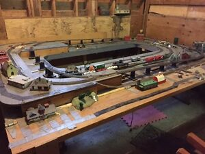 HO scale model train set incl engines