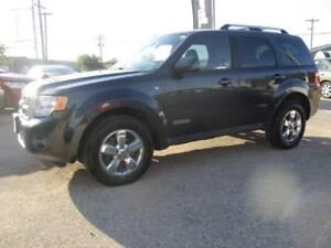 2008 FORD ESCAPE LTD 4WD, SUNROOF, HEATED LEATHER, $7,950