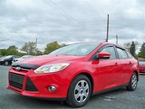 GREAT! 2012 Ford Focus SFE HEATED SEATS, SUNROOF , NEW TIRES !