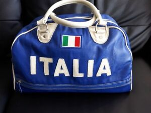Blue Roots International collection leather bag: Italia