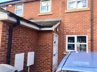 well presented 3 bed town house, CH62 1AT, gch, dg, garden, unfurn, pking, close to shops, must view