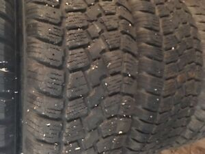Winter tires and rims 215 60R 15