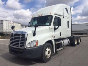 Freightliner | Find Heavy Pickup & Tow Trucks Near Me in Ontario