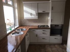 2 large bedrooms house. fully renovated, quiet street in the the cockerton / denes,