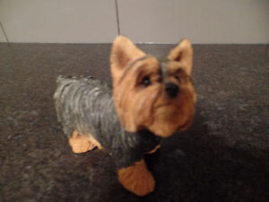 "SANDICAST Figurine ""YORKSHIRE TERRIER"" (MS532) ~ AS NEW ~ $25.00"