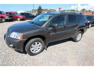 2011 Mitsubishi Endeavor SE ** AWC Clean Car