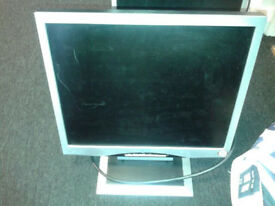 3 X CTX LCD MONITOR S762A
