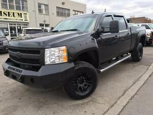 2010 Chevrolet Silverado 2500HD LTZ 4X4 **LEATHER-ROOF-JACKED UP