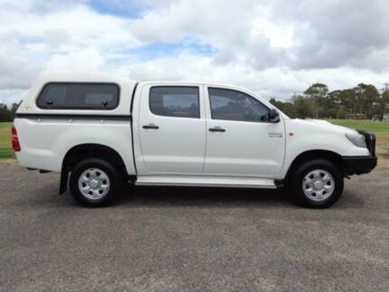 2012 Toyota Hilux KUN26R MY12 SR White 5 Speed Manual 4D Utility