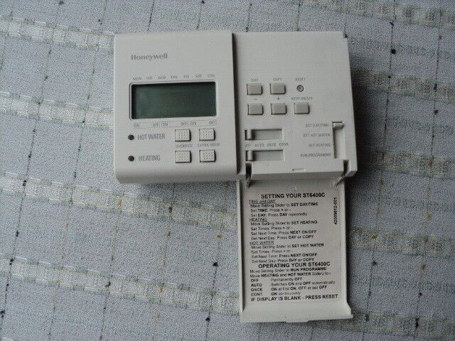 Central Heating Programmer Honeywell St6400c Used