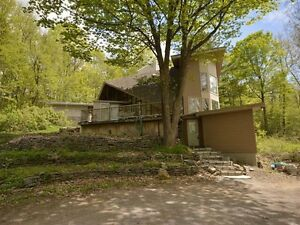 House for sale in gatineau park