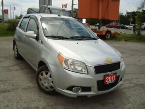 2011 Chevrolet Aveo 5 LT Hatch. 111km Sunroof Remote Starter