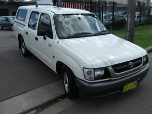 2002 Toyota Hilux RZN149R White 5 Speed Manual Dual Cab Pick-up Cambridge Park Penrith Area Preview
