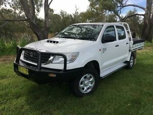 2012 Toyota Hilux KUN26R MY12 SR (4x4) White 5 Speed Manual Dual Cab Chassis Coonamble Coonamble Area Preview