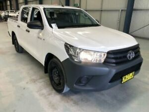 2017 Toyota Hilux TGN121R WORKMATE DOUBLE CAB 4X2 White Sports Automatic Dual Cab Utility Dubbo Dubbo Area Preview