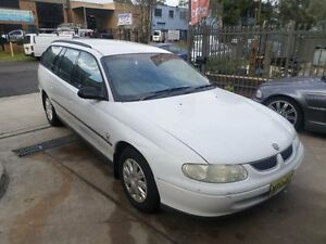 2000 Holden Commodore VX Executive White 4 Speed Automatic Wagon Condell Park Bankstown Area Preview