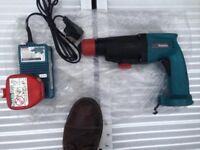 Heavy Duty Makita SDS Hammer Drill For Only £30 - Works Great