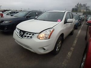 2013 Nissan Rogue S Premium Package LOW Km!