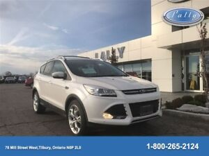 2016 Ford Escape Titanium, AWD, Moonroof, Nav, Leather!!