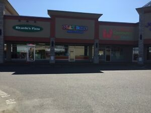 Excellent Retail Space! Available now!