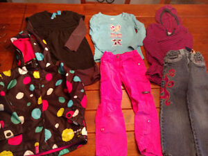 Vêtements pour fillette : 4 ans
