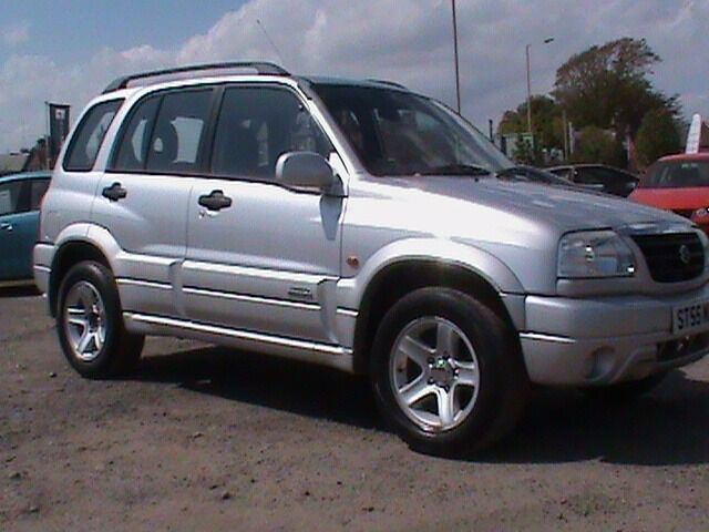 SUZUKI DRAND VITARA 2.0 16V 5 DR SILVER LONG MOT CLICK ON VIDEO LINK FOR MORE IMFORMATION ABOUT IT