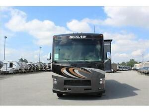 Thor Motor Coach OUTLAW 37BG CLASS A MOTORHOME/TOY HAULER