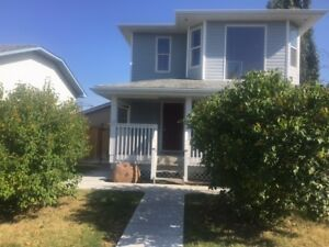 Home for rent in Spruce Grove - beautiful, clean, renovated